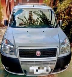 Fiat Doblô Essence 1.8 impecável - 2014