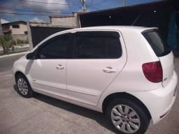 Vendo Fox 1.6 MI Flex - 2014 - 4 portas - Único Dono - Baixo Km - 2014