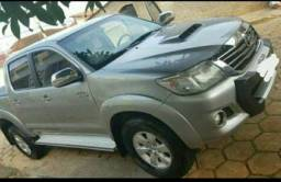 Vendo Toyota Hilux srv 2015 - 2015