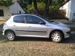 Peugeot 206 Presence 1.6 ? 16V - 2004