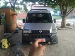 Vendo ou troco Fiat Dobloo adventure - 2005