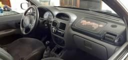 Clio 2002 - 2002