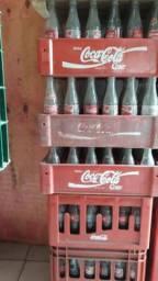 Vendo caixas de coca da pequena valor $5.00 cada