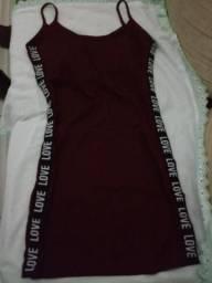 Vestido vinho M usado uma vez