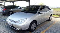 Ford Focus Sedan Completo - 2005
