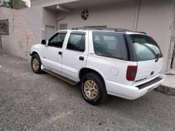 Blazer 4.3 V6 - 2003 impecável