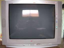 Tv de tubo de 29 polegadas vendo por 110. E a outra de 25 polegadas de tubo faço por 100