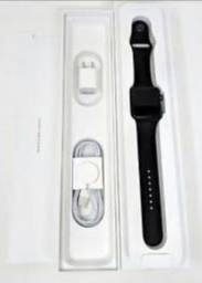 Apple Watch 3, GPS, 42mm, na caixa