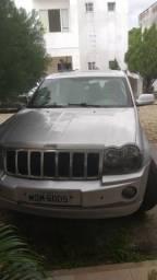 Imperdível Jeep lindo Cherokee com sistema de Economia de Combustivel - 2005