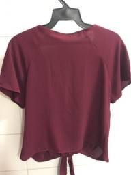 Blusa com amarração tamanho 40