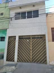 Casa com 03 quartos - Indianópolis - Caruaru