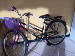 Bicicleta genova com cadeado