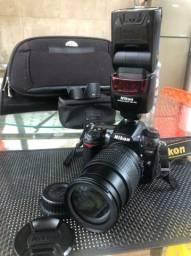 Nikon D7000 + kit