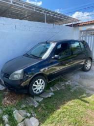 Título do anúncio: Vendo Renault Clio Preto 2010/2011