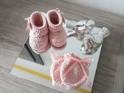 Título do anúncio: Sapatinhos + luvinhas meninas crochê