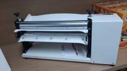 Cilindro laminador de massas 40 cm mesa Arnildo