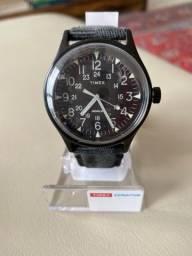 Relógio Timex Militar MK1 40mm TW2R68200 Preto + Luz de Fundo Índigo, Caixa Aço
