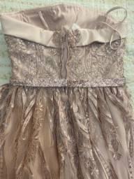 Título do anúncio: Vestido de Formatura ou Casamento
