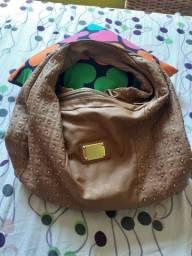 Vendo uma ótimo bolsa super confortável