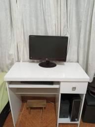 Título do anúncio: Mesa para computador branca