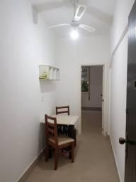 Título do anúncio: Excelente conjugado todo reformado em Copacabana, de 30m², 01 quarto e com instalação para