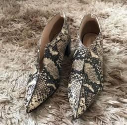 Sapato Constance Tam 38