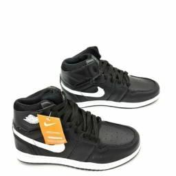 Título do anúncio: Basqueteira Nike Jordan(Promoção Válida até durar o estoque)