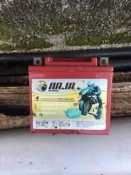 Bateria de moto usada