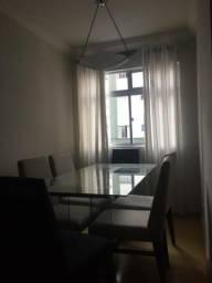 Alugo apartamento mobiliado com 3 quartos em ótima localização no Hauer