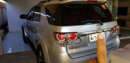 Hilux sw4 7 lugares - 2012