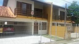 Casa 3 quartos, total mobiliada, 500 da praia, Pico da Cruz, 2 garagens
