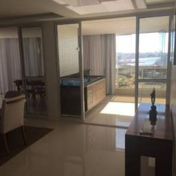 Apartamento a venda no centro com 200 m². Imóvel totalmente decorado com 4 suites, salas c
