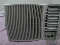 Ar condicionado springer 10000btus 220w digital com controle remoto ótimo estado