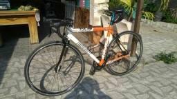 Speed BMC Road racer