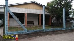 C521 Residência com 3 dormitórios *Próximo ao mar