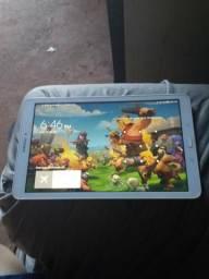 Galaxy tab E tela de 9.6 e 1.5gb ram