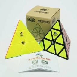 Cubo mágico - Pyraminx 3x3x3 (Produto novo)