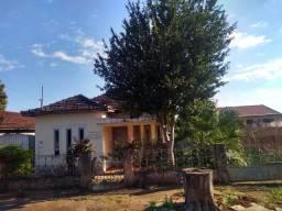 Vendo casa proximo ao centro de Cianorte /PR , valor de ocasião
