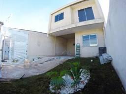 Lindo sobrado à venda, com 3 quartos e boa localização no bairro do Xaxim, próximo as ruas