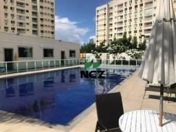 Apartamento com 2 dormitórios para alugar, 50 m² por R$ 1.400,00/mês - Miragem - Lauro de