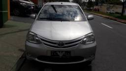 Toyota etios hatch 2013 1.3 xs 16v flex 4p manual - 2013