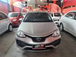 Toyota Etios 2018 1.3 1 mil de entrada Aércio Veículos njf