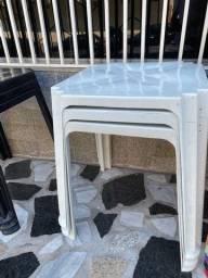 Título do anúncio: Venha já comprar no atacado mesa plástica nova cor branca pra bares