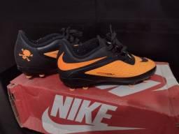 Chuteira Nike infantil n°30