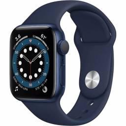 Título do anúncio: Apple Watch serie 6 azul com Pulseira - 40 mm<br><br>