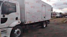 Título do anúncio: Cargo 1317 Toco Modelo Novo 2011/2012 Baú Facchini