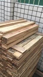Ripas e barrotes de madeira para móveis de pallet