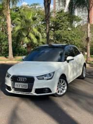 Título do anúncio: Audi A1 apenas 40mil km impecável