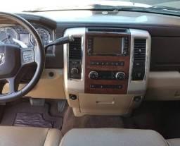 Dodge Ram 2500 Laramie 2012