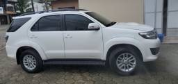 Título do anúncio: Toyota Hilux SW4- 7 lugares - 2014